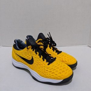 NEW MENS NIKE ZOOM CAGE 3 CLAY UNIVERSITY GOLD 918